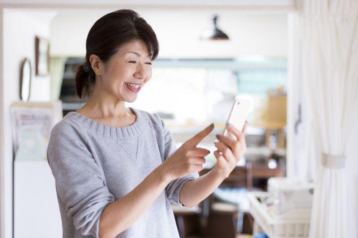 スマホ対応ホームページ(レスポンシブサイト)の必要性|ホームページを作って活用する大阪の株式会社バーブワイヤー